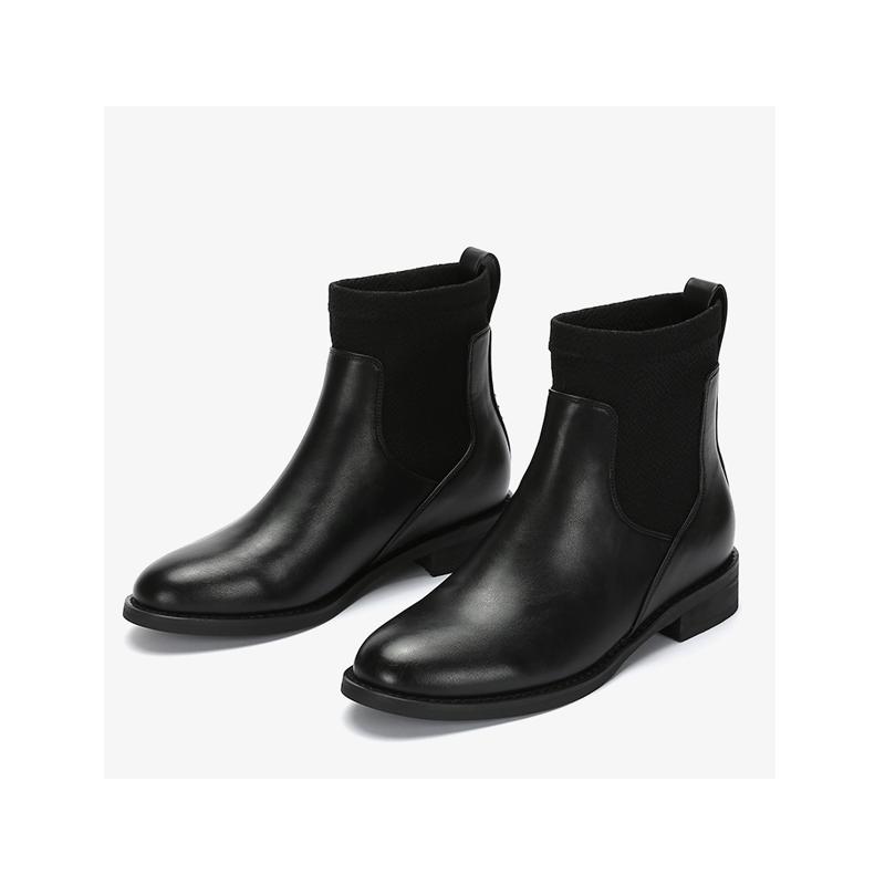 Daphne/达芙妮冬圆头套脚及踝经典英伦飒爽风姿切尔西靴